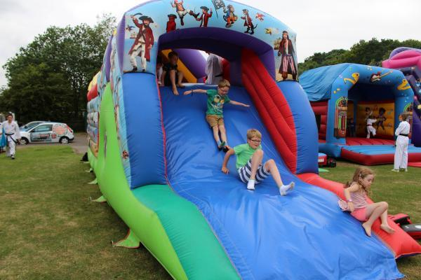 BBQ 2015 Inflatables 2